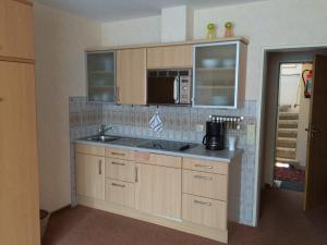 Ferienhaus Harmening FeWo 3 - Küchenzeile